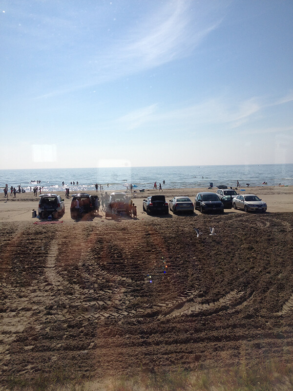 driving-on-the-beach