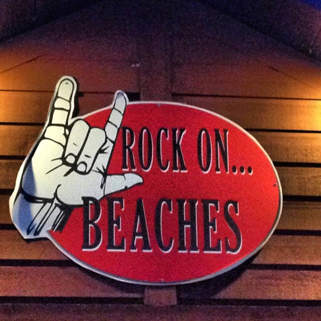 rock-on-beaches-sign